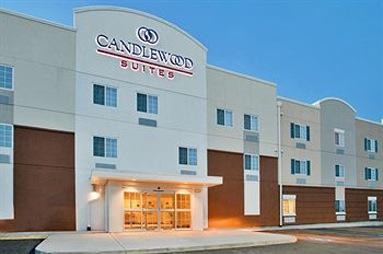 Candlewood Suites – Kansas City Airport